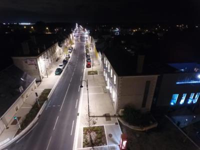 La D910 - vue vers le nord du Mairie